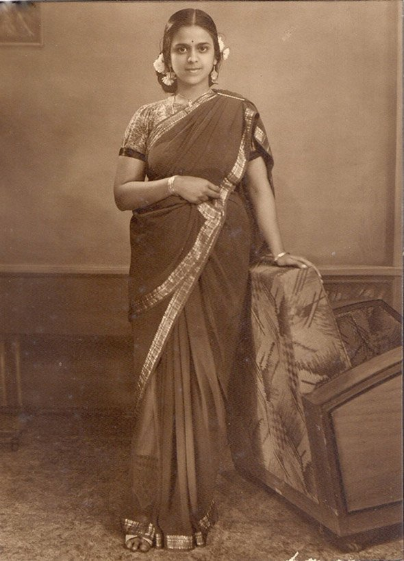 Matrimonial picture of a school girl