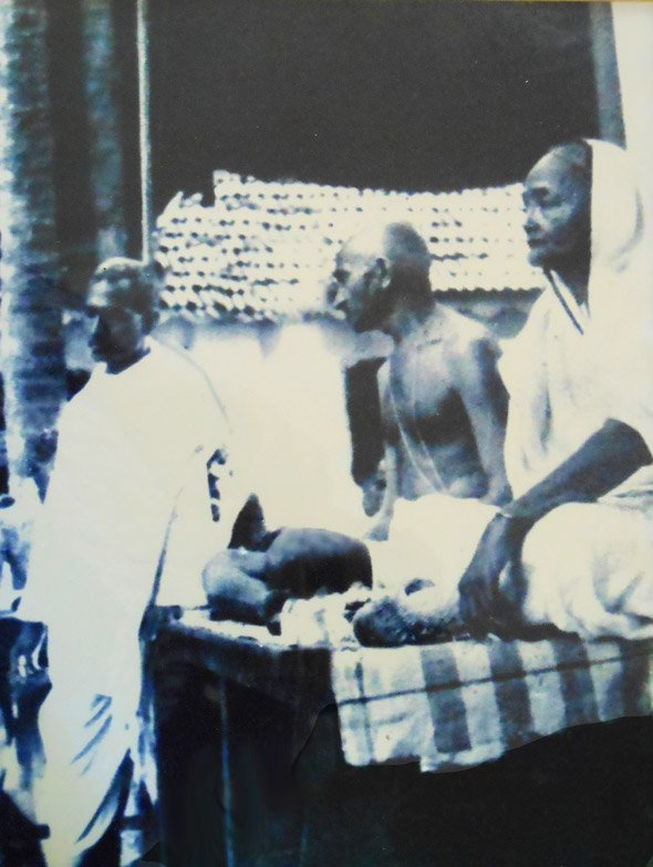 The untouchable Brahmin who saved Gandhi's life