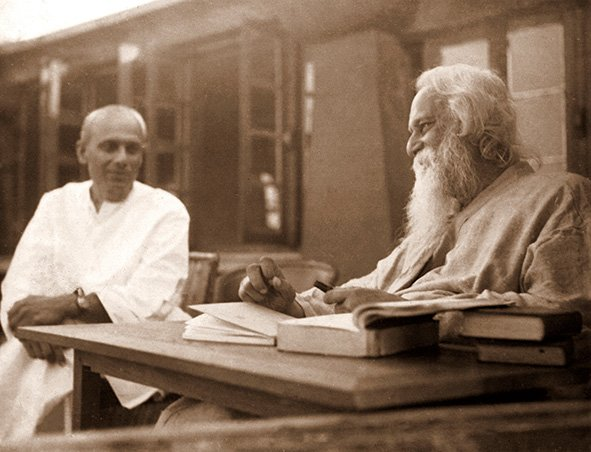 My foster father Rathindra Nath Tagore, with his father Rabindra Nath Tagore. Calcutta. (West Bengal) Circa 1935.