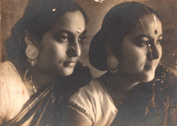 The identical twins were two of the earliest women photographers of India